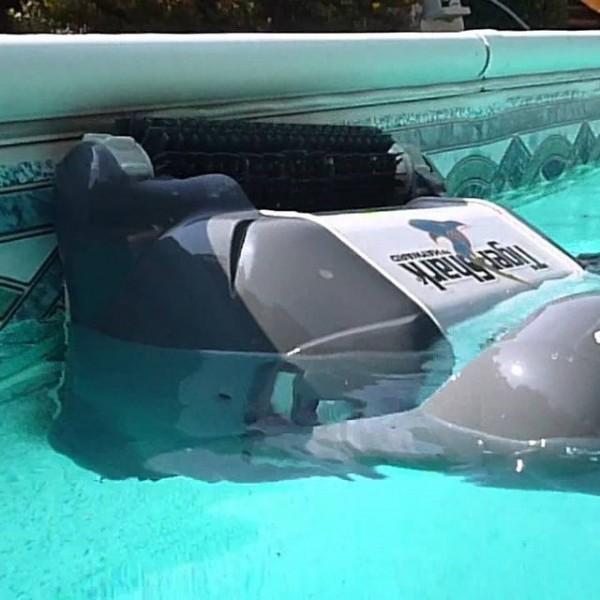 Робот пылесос Hayward Tiger Shark 2